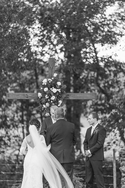512_Aaron+Haden_WeddingBW.jpg