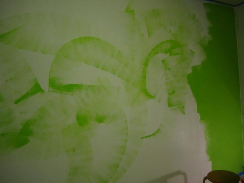 Hawaii - Painting My Room-5.JPG