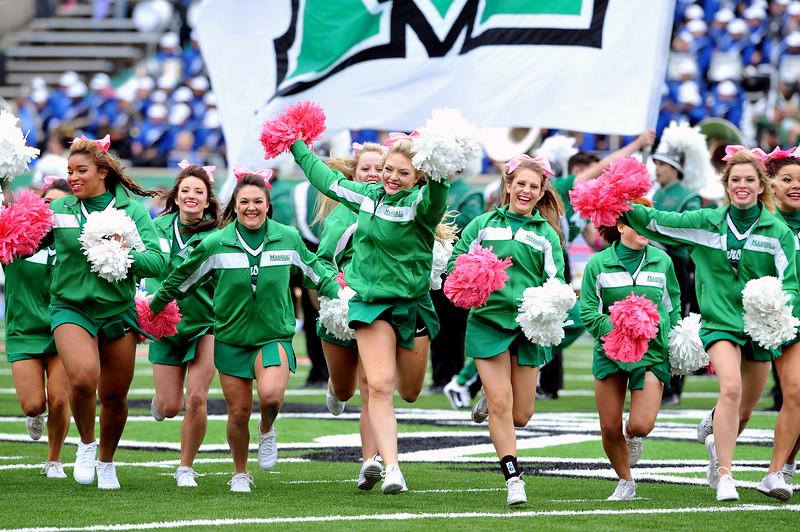 cheerleaders9419.jpg