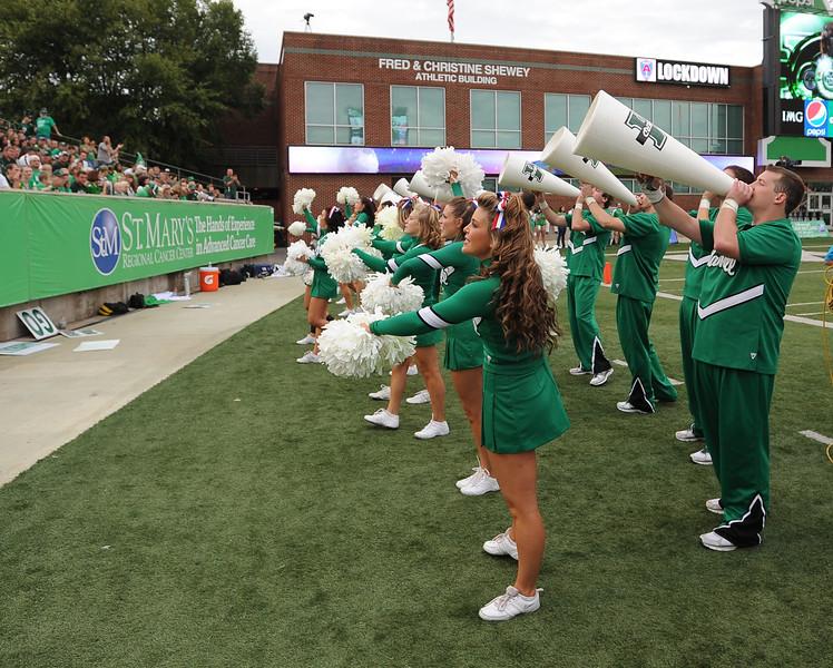 cheerleaders2634.jpg