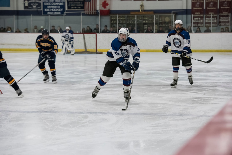 Wildcats Hockey 2-4-17_1842.jpg