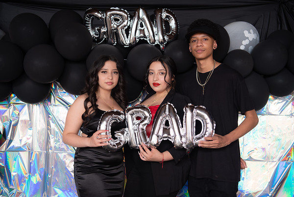 Emely, Naomi & David Grad Party