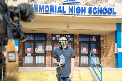 Michael Uribe, Recipient of the KENS 5 Star Student Award