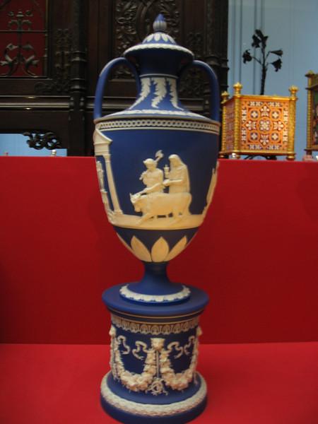 Wedgwood Exhibition Vase ca. 1850, Victoria and Albert MuseumMuseum