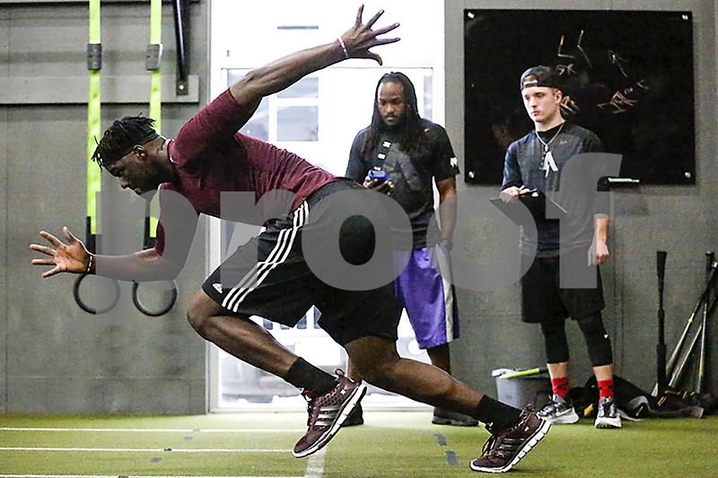 031617_NFL_Pro_Day_Training_Web_005