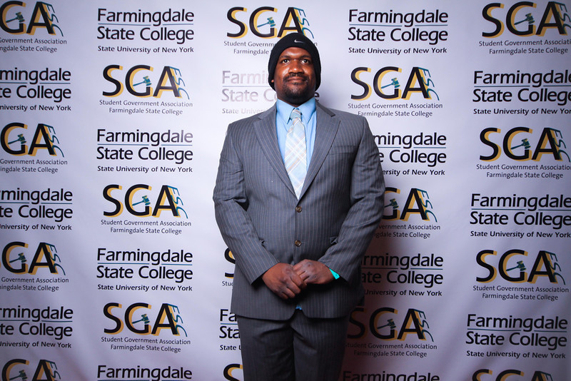 Farmingdale SGA-195.jpg