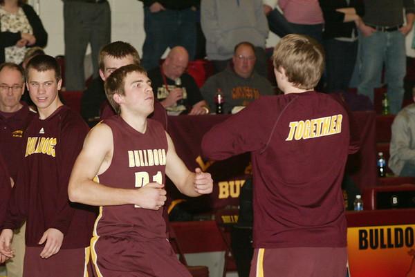 Lester Prairie/Holy Trinity boys basketball