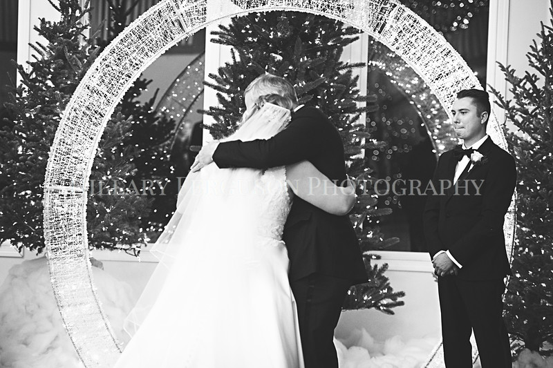 Hillary_Ferguson_Photography_Melinda+Derek_Ceremony064.jpg