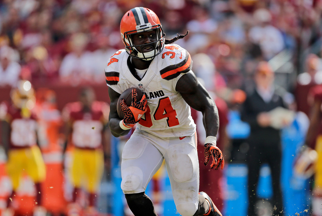 . Cleveland Browns running back Isaiah Crowell (34) runs with the ball during the second half of an NFL football game against the Washington Redskins, Sunday, Oct. 2, 2016, in Landover, Md. (AP Photo/Mark Tenally)