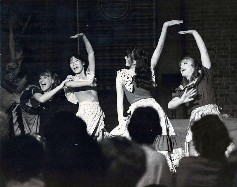 Dance_0997_a.jpg