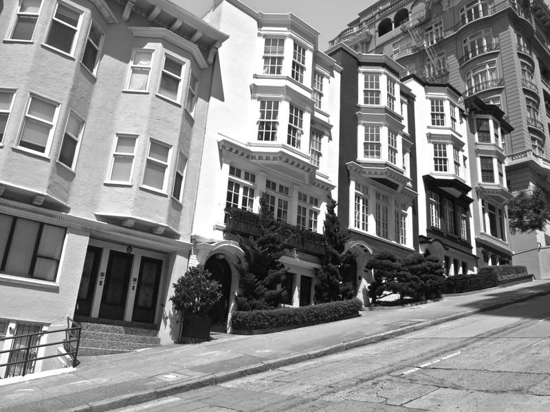 Mason-Street-Black-and-white.jpg