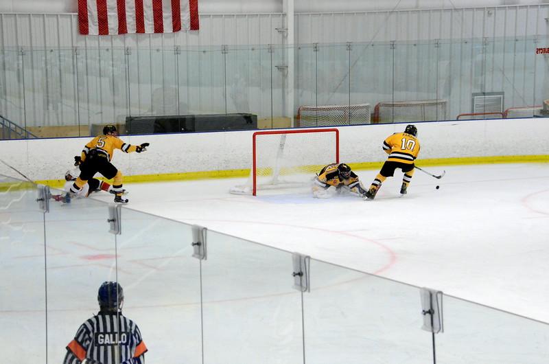 171008 Junior Bruins Hockey-073.JPG