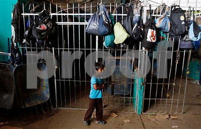 bolivia-legalizes-work-by-children-as-young-as-10
