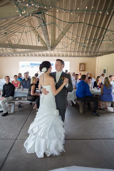 bap_schwarb-wedding_20140906153458PHP_0314