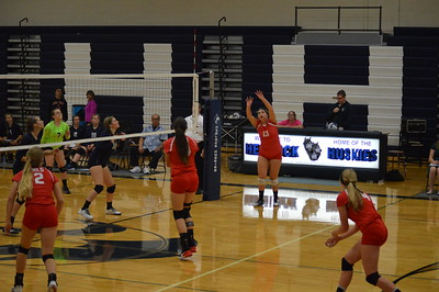 Varsity Volleyball  at Hemlock