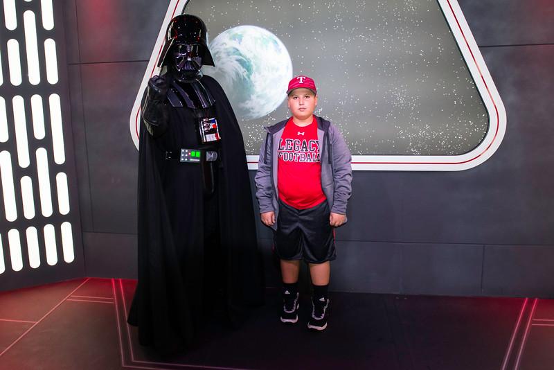 2016-11-19 Disneyland 030.jpg