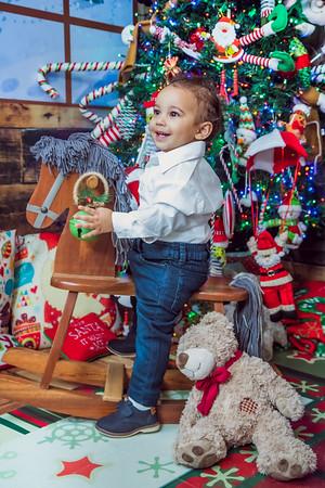 14. Rocio y familia navidad 2019