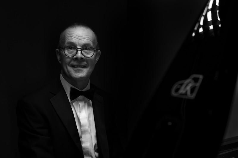 pete-pianist-fujifilm-x-pro1-1-3.jpg
