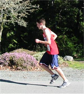 2003 Hatley Castle 8K - Graeme Benn on the hill