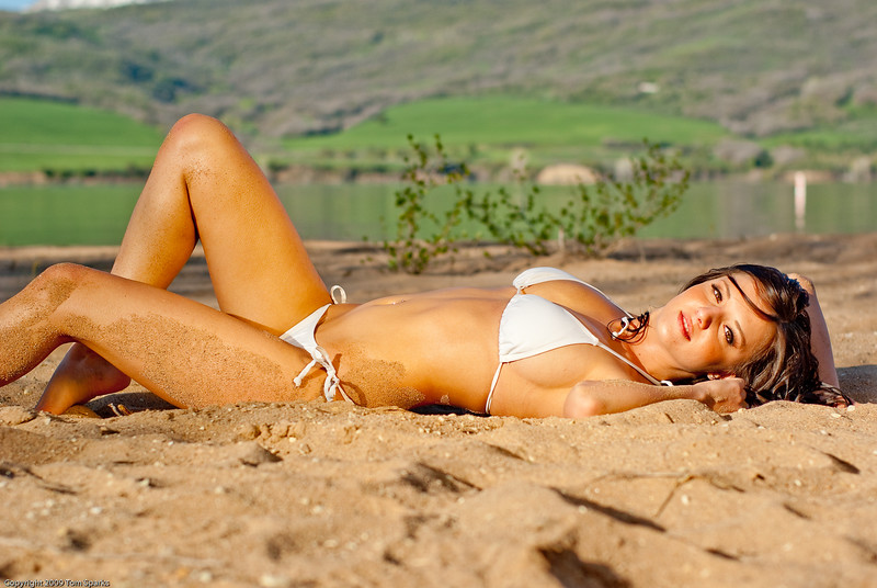 Deanna white bikini-8429.jpg