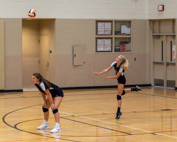 NRMS vs ERMS 8th Grade Volleyball 9.18.19-4946.jpg