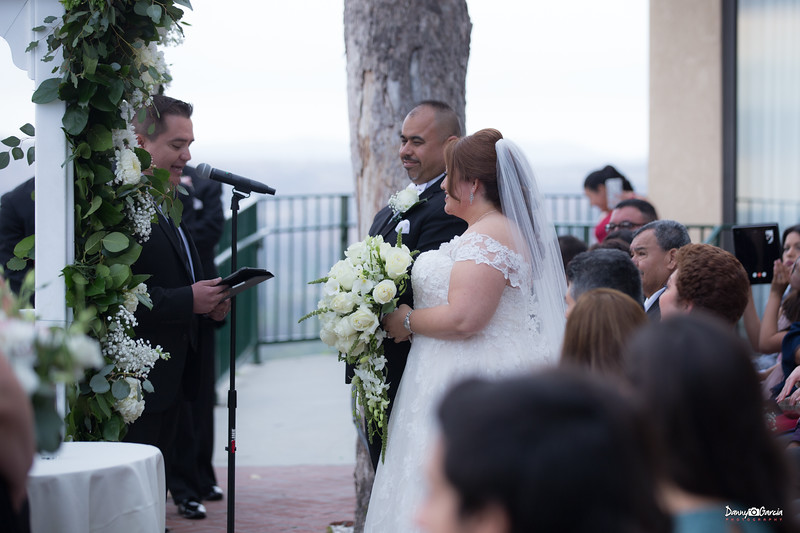 03_Jauregui_Wedding.jpg