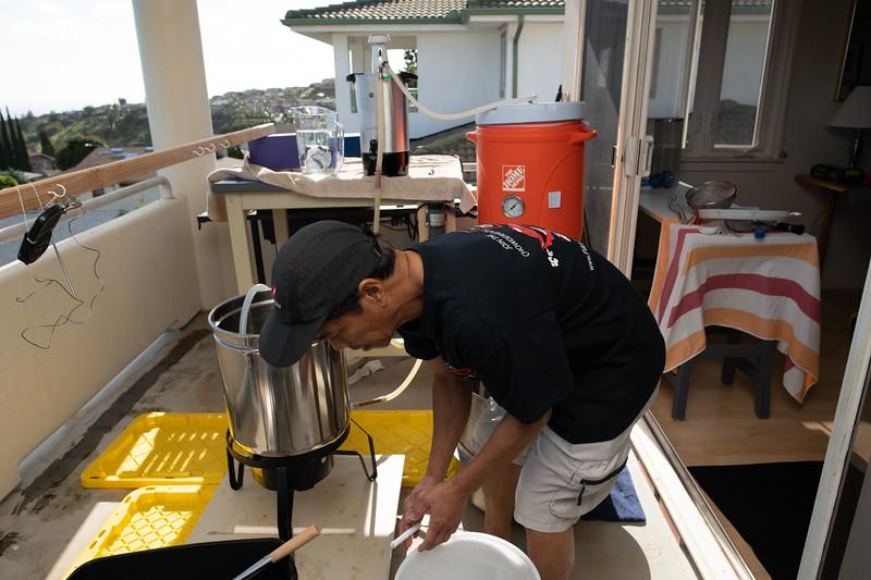 Hawaii - Brewing Beer-57.jpg
