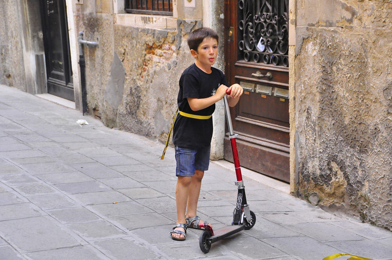 "little Venetian ""scooter"""