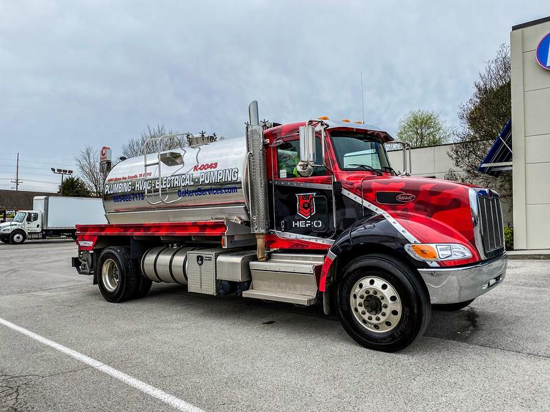 Knoxville-Vehicle-Graphics-Hero-8.jpg