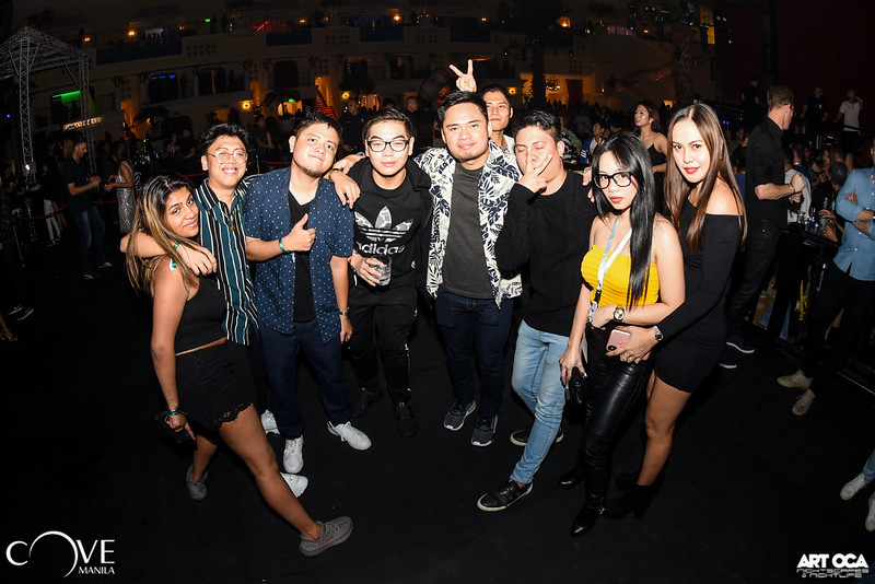 Tiesto at Cove Manila (64).jpg