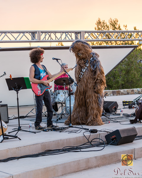 Del Sur Movie Night featuring Star Wars VII_20160618_144