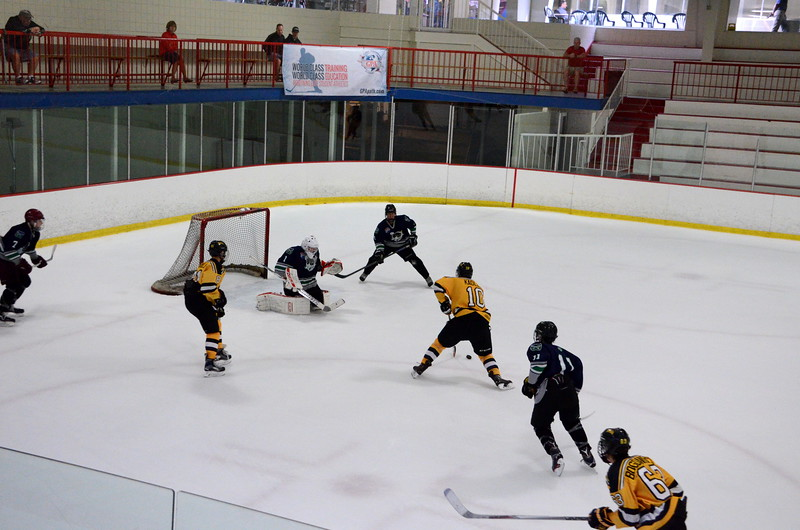 150907 Jr. Bruins vs. Whalers-140.JPG