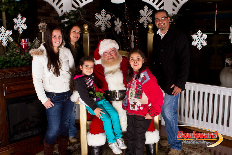 Santa Dec 15-90.jpg