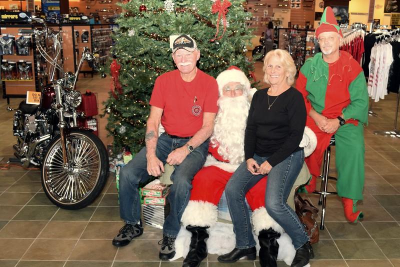 2014 Santa Visits J&P Cycles Florida Superstore (74).JPG