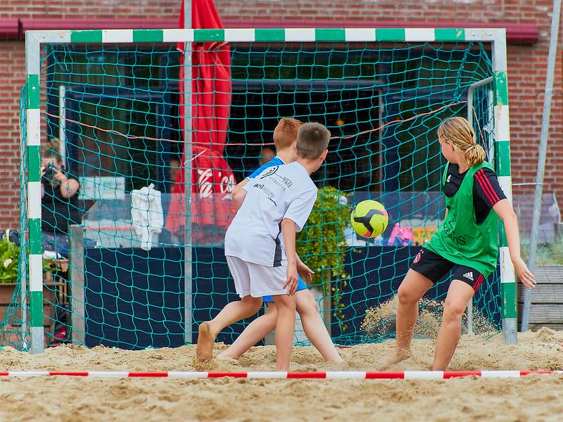 20170616 BHT 2017 Beachhockey & Beachvoetbal img 031.jpg