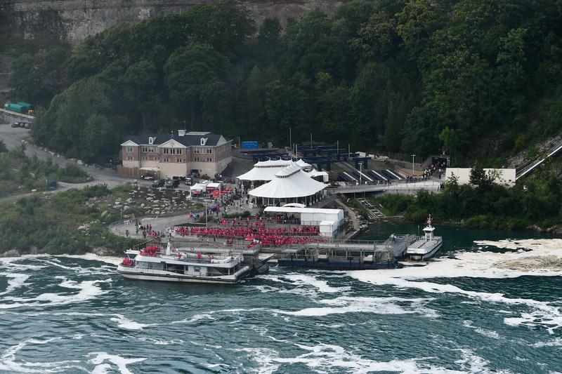Hornblower Niagara Curises (Canada)