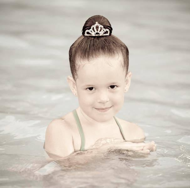 Kate in pool at Disney 2 (1 of 1).jpg