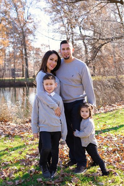 Brenda-Family-Christmas (43 of 46).jpg