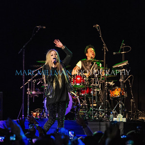 Avril Lavigne @ The Paramount (Wed 12/11/13)