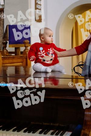 © Bach to Baby 2019_Alejandro Tamagno_Teddington_2019-12-15 025.jpg