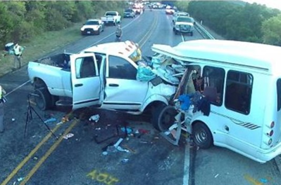 driver-in-church-bus-crash-left-his-lane-over-50-times-in-less-than-15-minutes-report