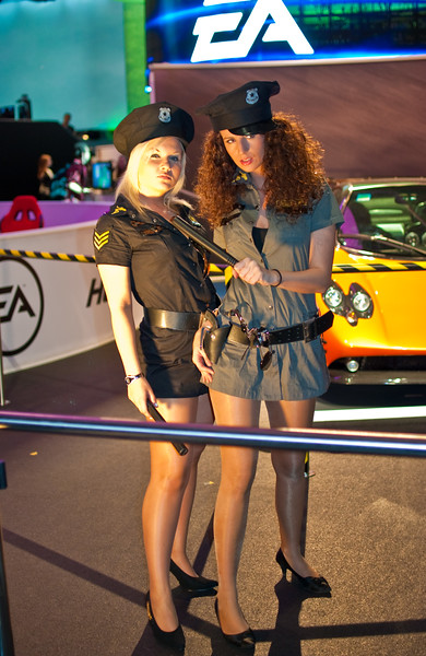 Booth-babes at Gamescom 2010