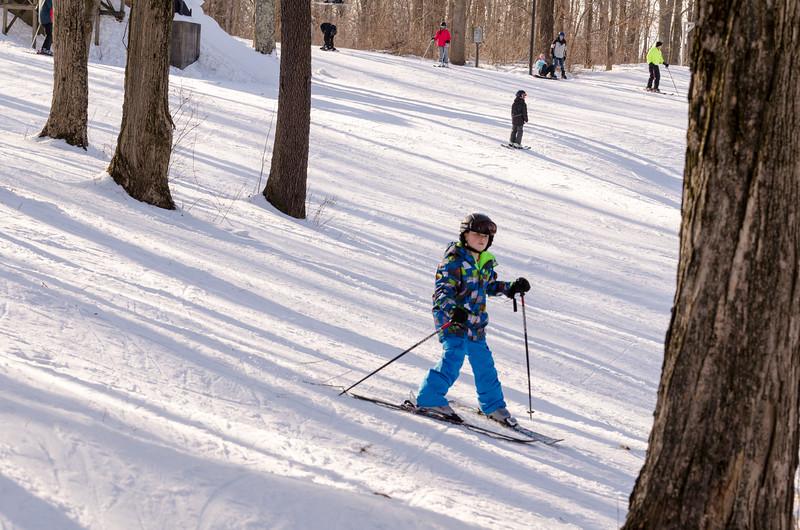 Slopes_1-17-15_Snow-Trails-74151.jpg