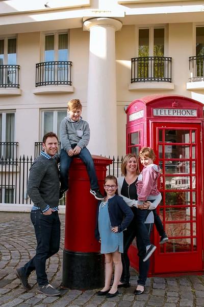 FamilyPassport - travel  photoshoot in London  by Ewa Horaczko 6.jpg