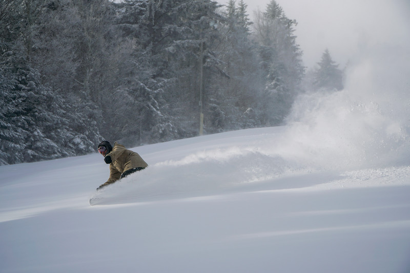 Snowboard Powder 1.jpg