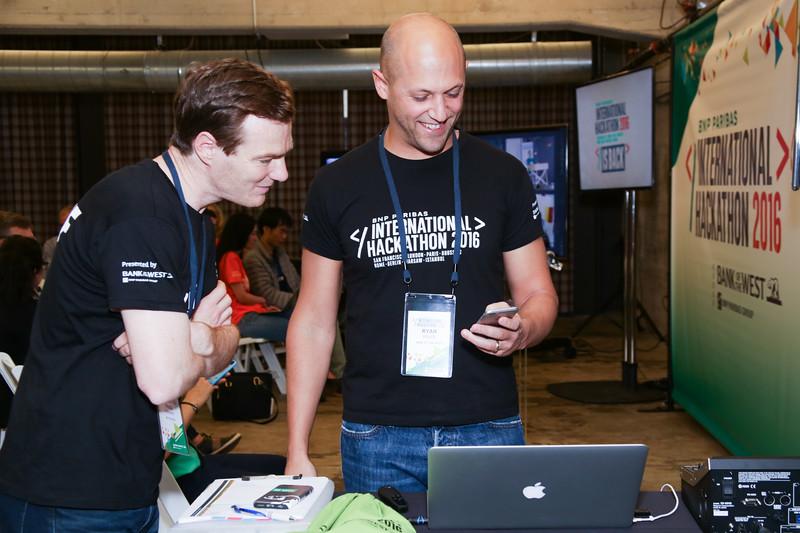 Hackathon-7169.jpg