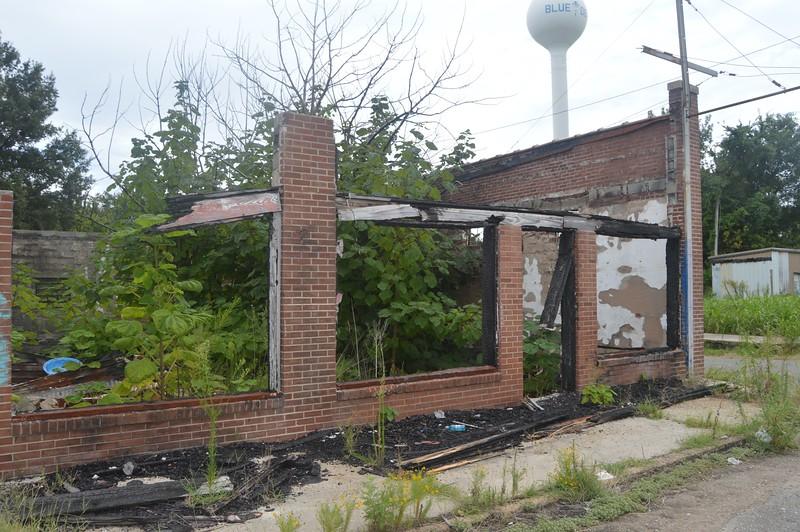 055 Ruins.jpg