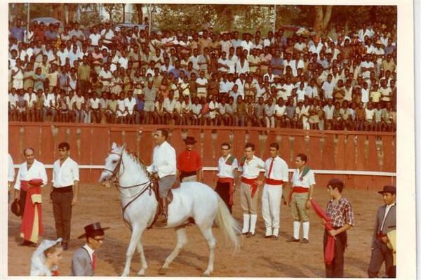 11 de SETEMBRO DE 1966 Cavaleiro: Rui de Vilhena Roque Paula e Mario Santos David, Rebordao,......Alho ( filho), Henrique Carlos Jorge, Bonito?