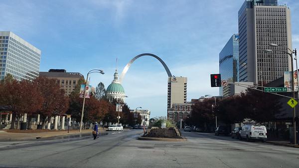 Gateway Arch - St. Louis - 5 Nov. '14