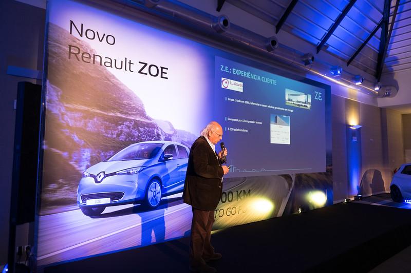 Renault-223.jpg